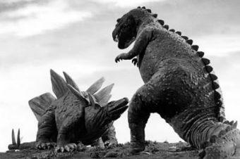 Четвертое проклятие: Поле сражения динозавров (Джессика Джонс «Спросите древние дорожки» НОВЫЙ ПЕРЕВОД 2-ГО ИЗДАНИЯ, 2013 год)